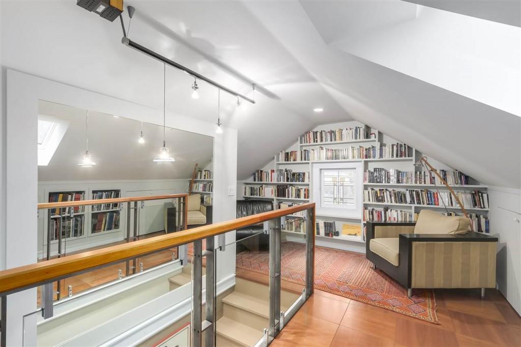 Loft in house